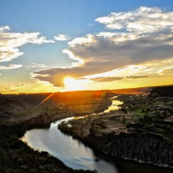 Love the sunset here @ Twin Falls, Idaho