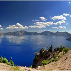 Panorama View @ Crater Lake (This photo has some artifacts. :P )